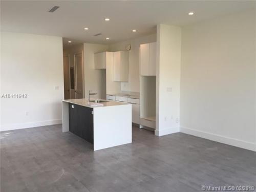 3065 SW 27th Terrace #3065 Photo 1
