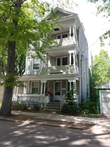 151 Eagle Street Photo 1