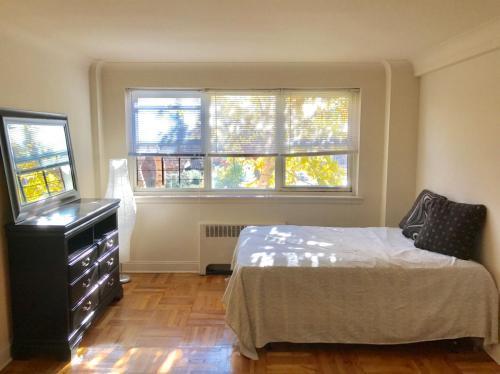 16605 Highland Avenue Photo 1