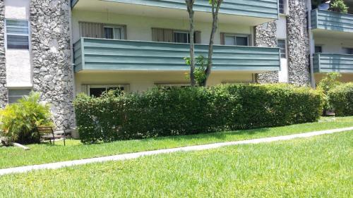8335 SW 72 Avenue #111D Photo 1