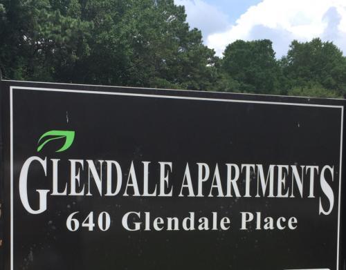 640 Glendale Place SE Photo 1