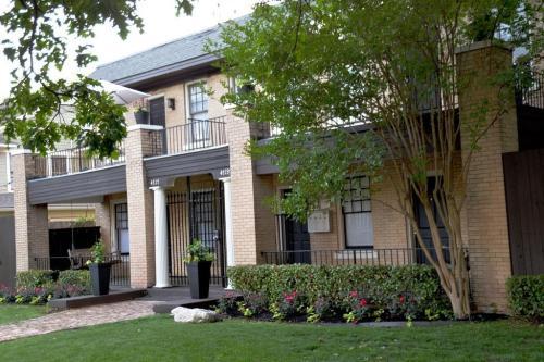 Gastonian (Brookstone Manor) Photo 1
