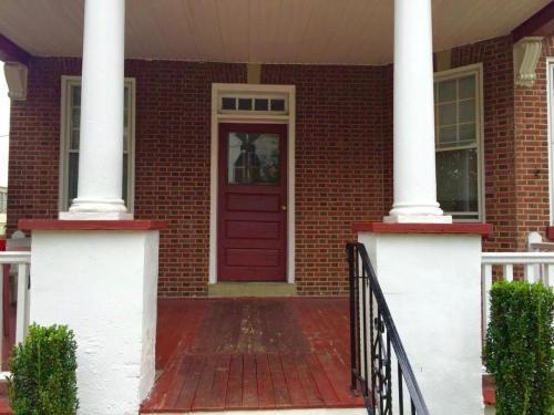 1502 N Franklin Street #4 Photo 1