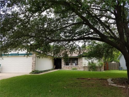 1405 Texas Oak Way Photo 1