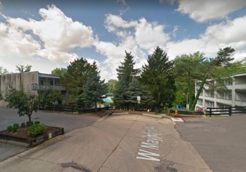 171 W Maynard Avenue #4 Photo 1