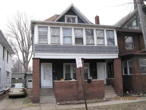 915 Chestnut Street #UPSTAIRS Photo 1