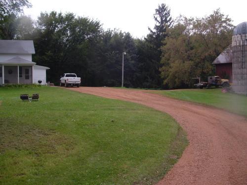 Hobby farm/Home near Waconia, NYA, 3br- 1200/month Photo 1