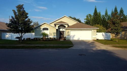 1105 American Rose Pkwy Photo 1