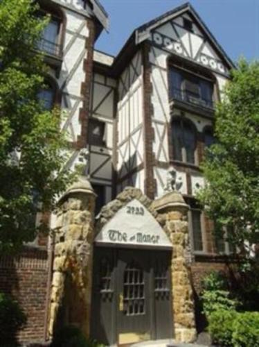 The Manor Photo 1