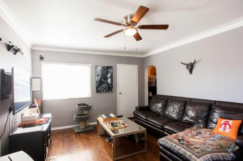 828 N Coronado Street Photo 1