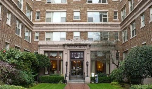 UDistrict Square Apartments Photo 1