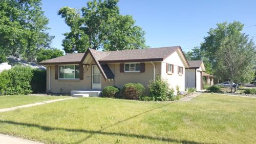 7262 W 67th Place Photo 1