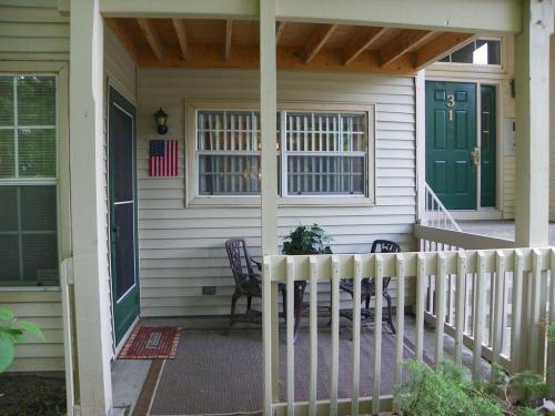 31 Spruce Court #106 Photo 1