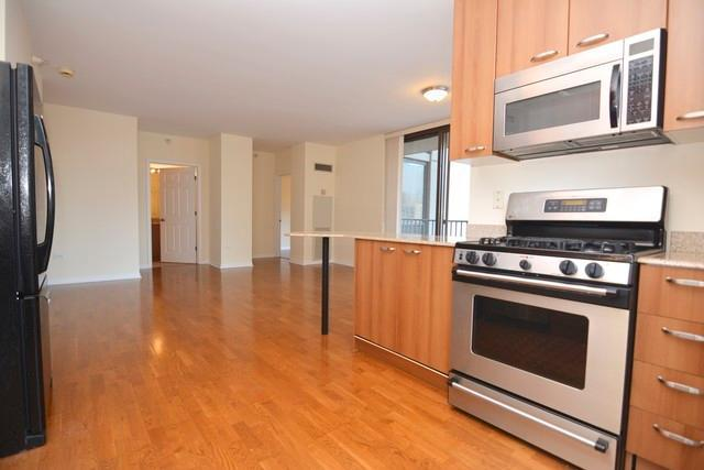 N Dearborn Street, Chicago, IL 60654 | HotPads