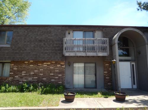 370 Villabrook Drive #3 Photo 1