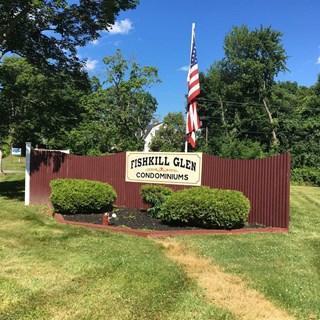Fishkill Glen Drive Photo 1