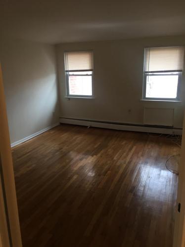 E 105th Street Photo 1