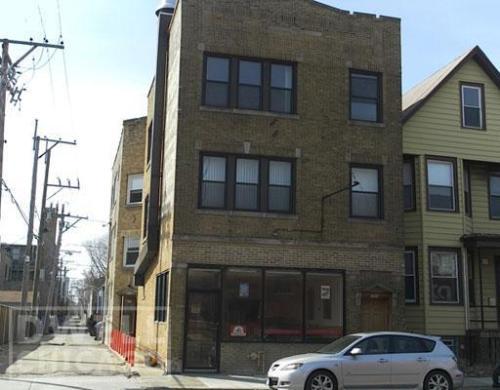 2415 W Montrose Avenue Photo 1