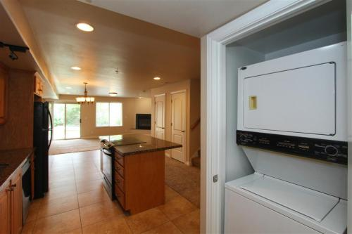 Mighty Legacy Town Homes (Cypress) Photo 1
