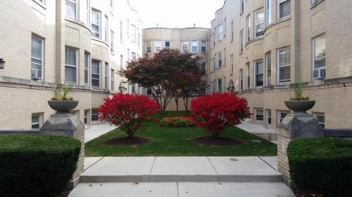 4535 N Hamilton Ave #1E Photo 1