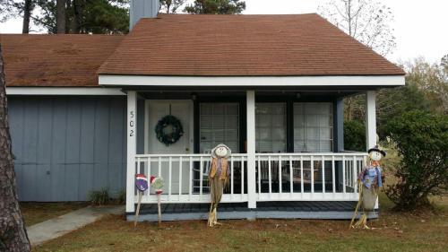 502 Cedarwood Drive Photo 1