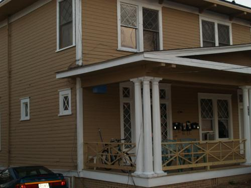 483 N Highland Avenue NE #A Photo 1