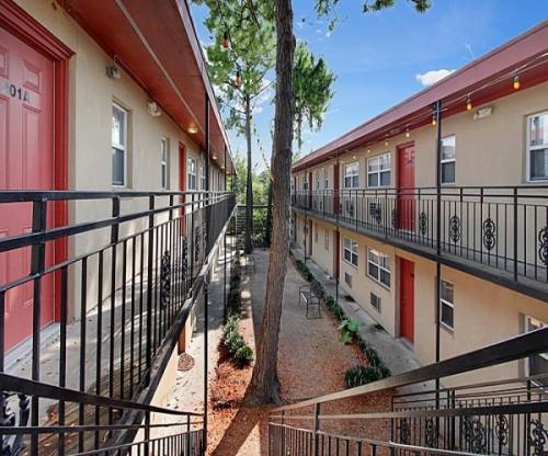 Forrest Park Apartments Photo 1