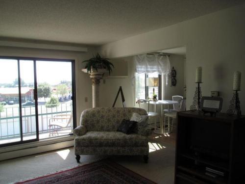 Pineview Estates Photo 1