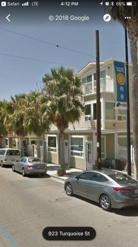 920 Turquoise Street Photo 1