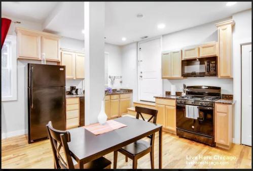 1400 Block N Maplewood Avenue Photo 1