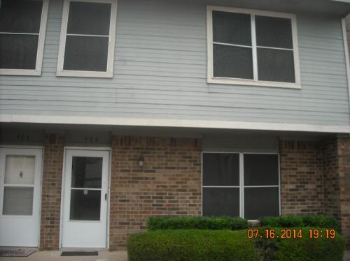904 Cedar Terrace #904 Photo 1