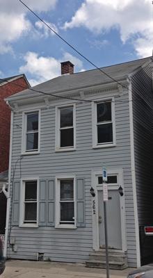 562 W King Street Photo 1