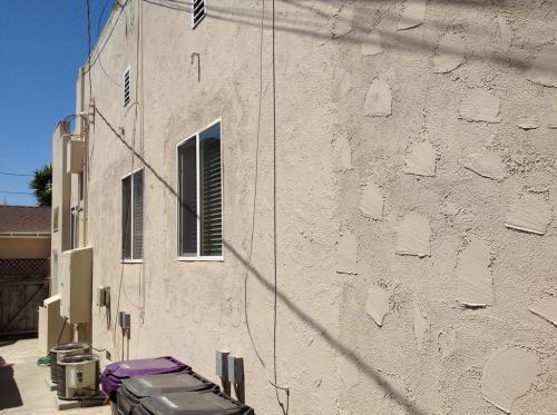 697 Stanley Avenue Photo 1