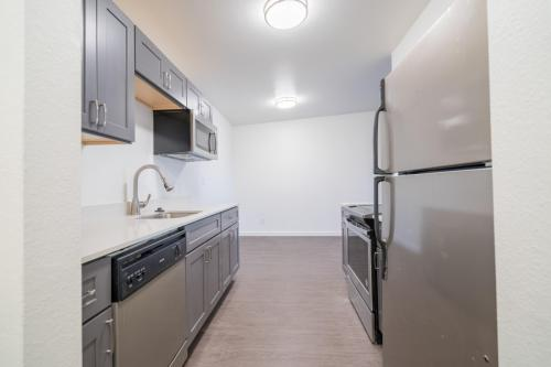 Cavanaugh Apartments Photo 1
