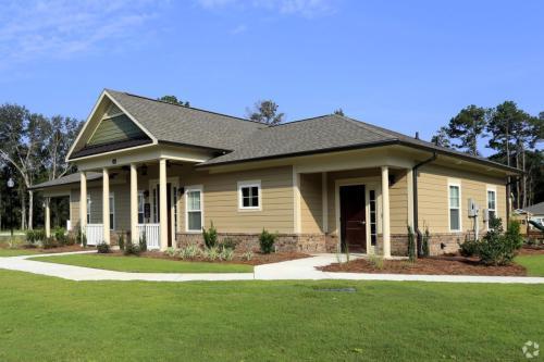 Live Oak Villas Photo 1