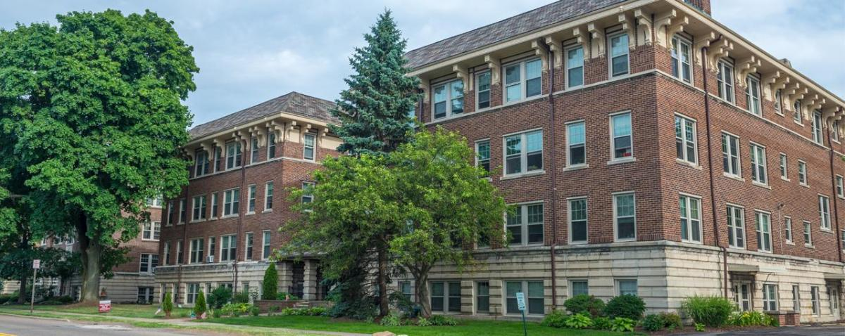 Primary Photo Twin Oaks Manor Apartments