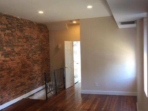 601 S Linwood Avenue #B Photo 1