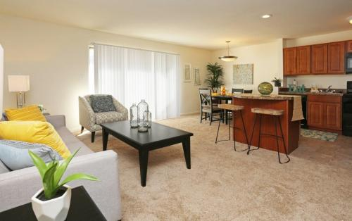 Stone Ridge Apartments and Townhomes Photo 1