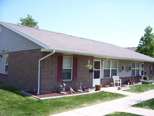 Smithville Properties Photo 1