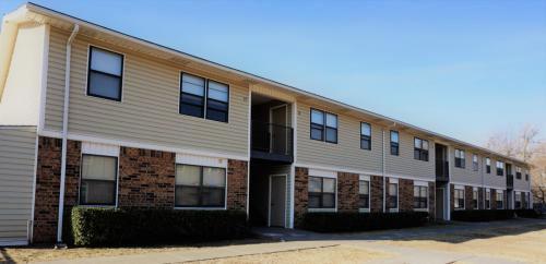 Canadian Valley Apartments Photo 1