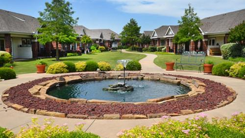 Village on the Park - Oklahoma City Photo 1