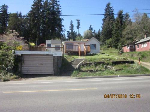 Illahee Road NE Photo 1