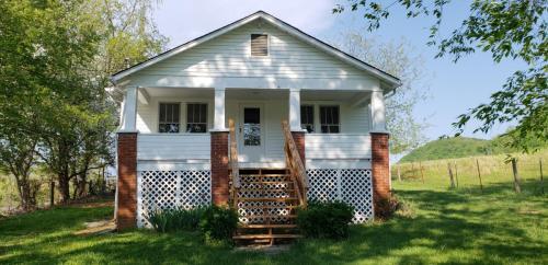 9438 Goose Creek Road Photo 1