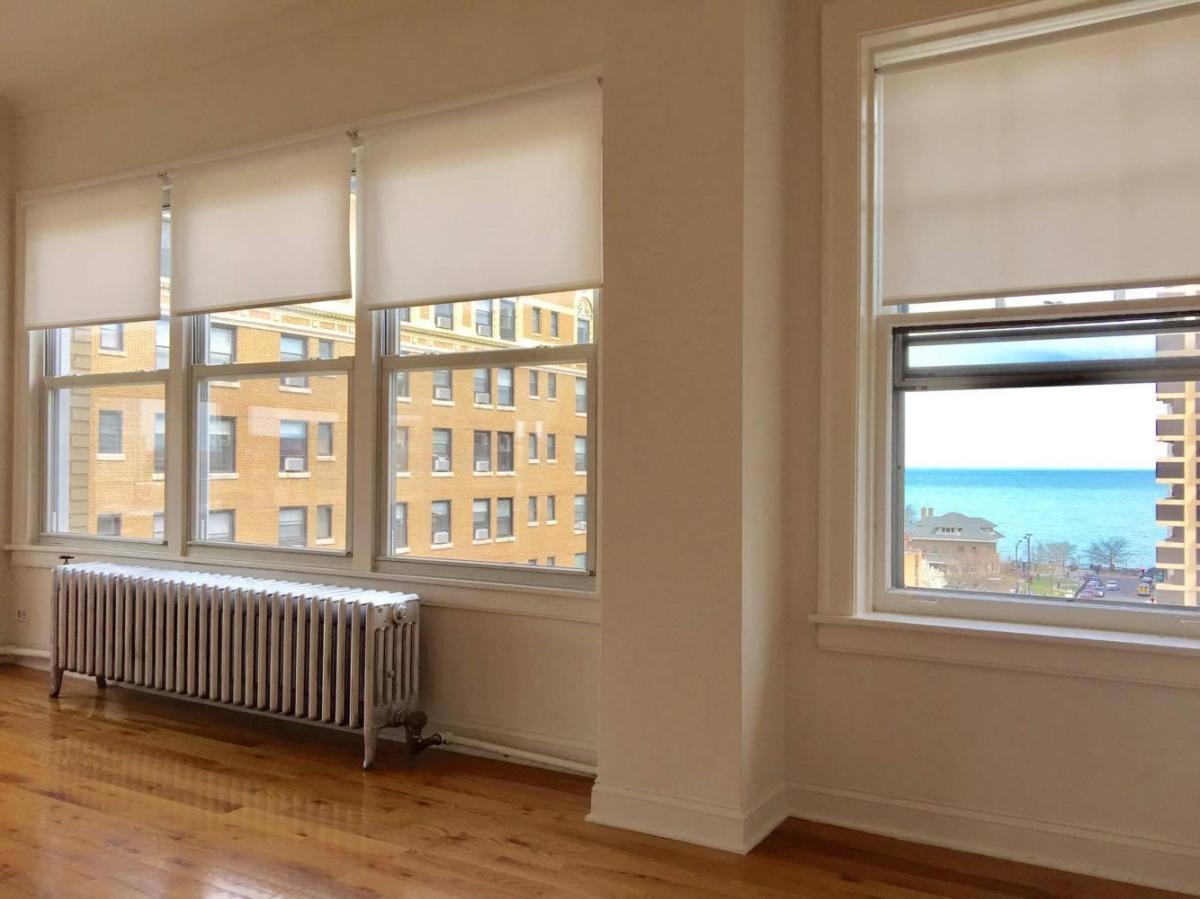 1055 W Granville Apartments Chicago Il From 700 Per