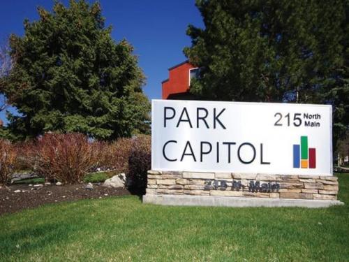 Park Capitol Photo 1