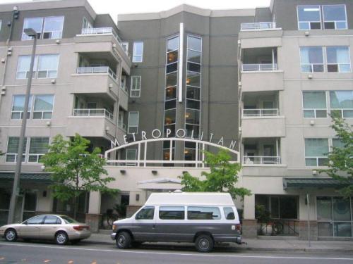 925 110th Avenue NE #203 Photo 1