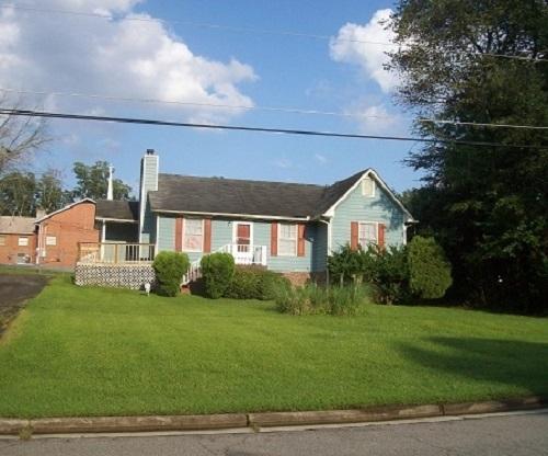 4047 Booker Avenue Photo 1