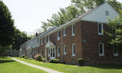 Fernwood Park Apartments Photo 1