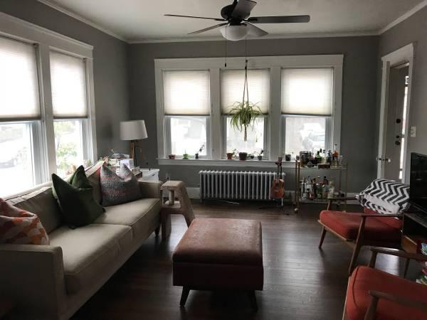 Living Room   97 Butler Avenue
