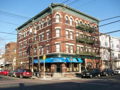 315 Walnut Street Photo 1